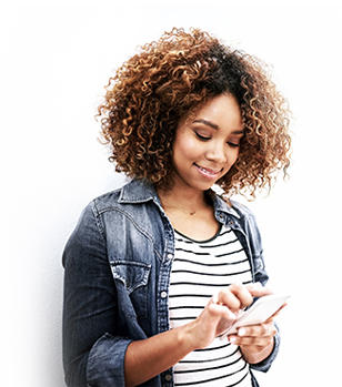 Promo - Woman using phone